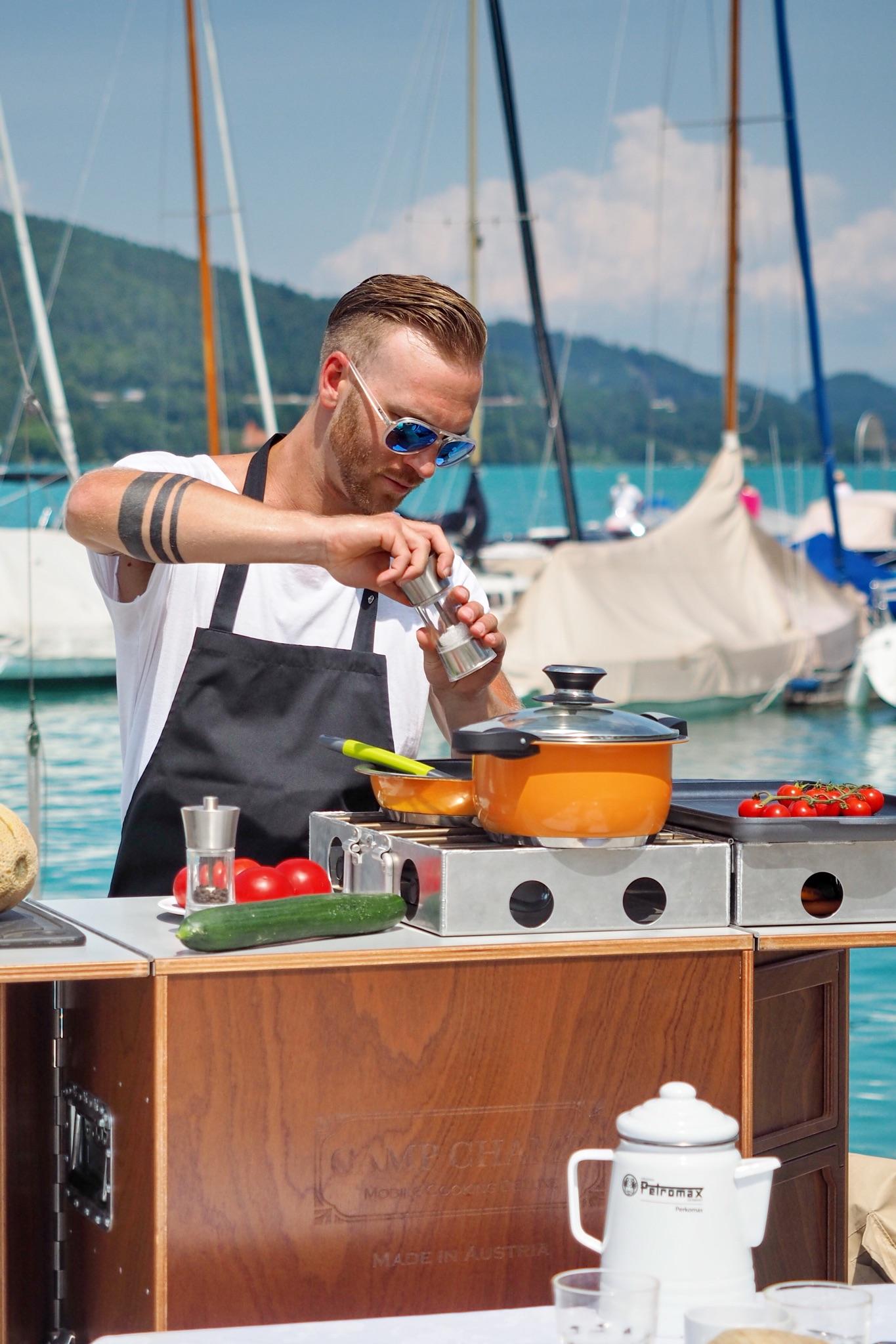 Cuisine Lifestlye - Sascha Zellinger mit seiner mobilen Küche von Camp Champ am Wörthersee