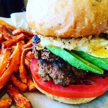 Cuisine-Lifestyle by Sascha Zellinger - Privatkoch zum Mieten - homemade Burger