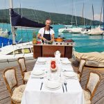 Cuisine Lifestlye - Sascha Zellinger mit seiner mobilen Küche von Camp Champ im Einsatz am See